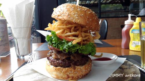08_132143NYstyleburger.jpg
