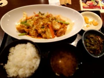 カッパ・クリエイト 北海道 日替わり 鶏キムチ定食01 201803