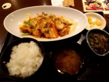 カッパ・クリエイト 北海道 日替わり 鶏キムチ定食02 201803