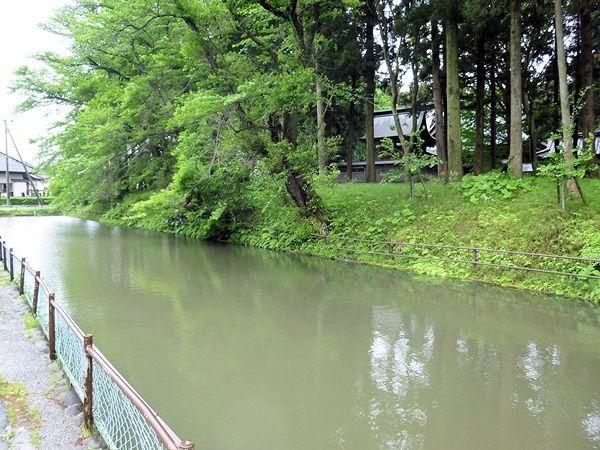 新田目城表紙