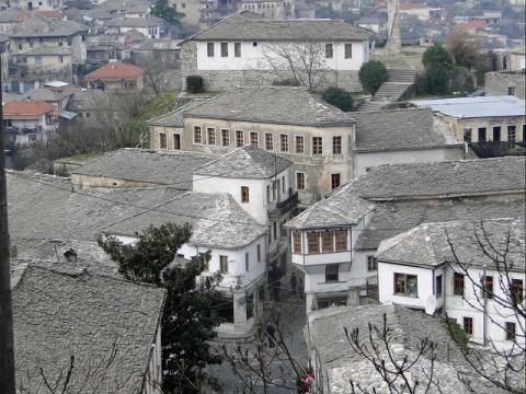 アルバニア ジロカストラ2