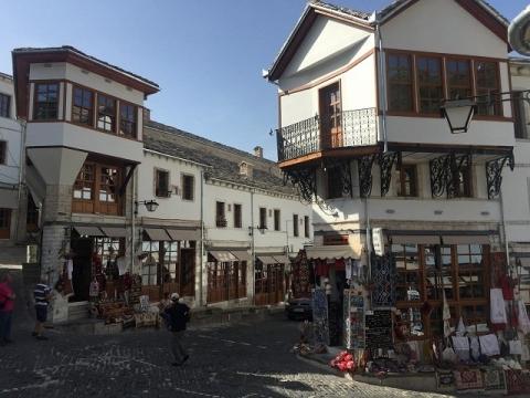 アルバニアの観光化2-ジロカストラ