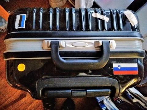 スーツケースのステッカー1