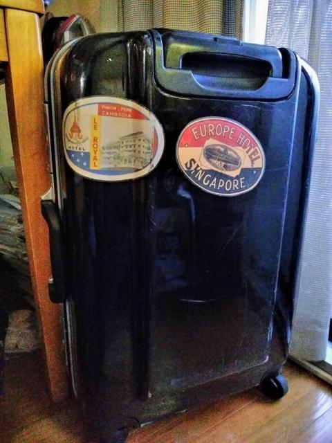 スーツケースのステッカー2