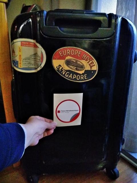 スーツケースのステッカー3