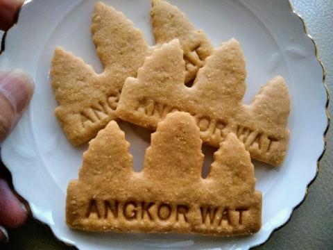 カンボジア製アンコールワットクッキー3