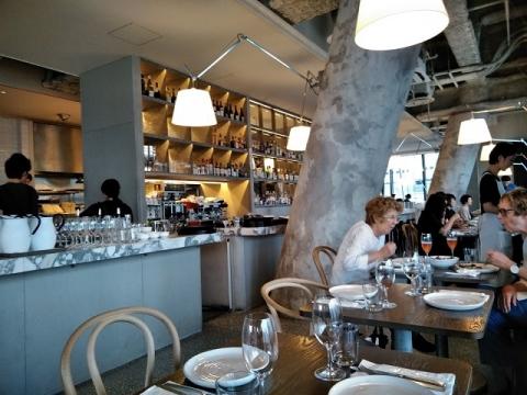 銀座のギリシャ料理レストラン APOLLO1