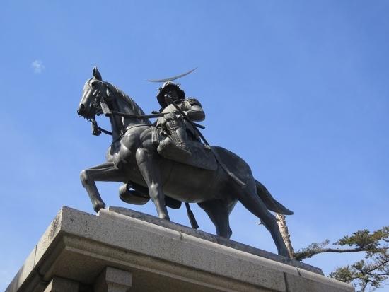 仙台城 伊達政宗公像