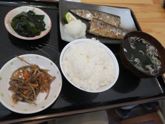 女川 焼き秋刀魚定食