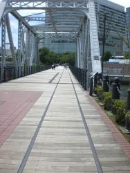 横浜 汽車道 線路