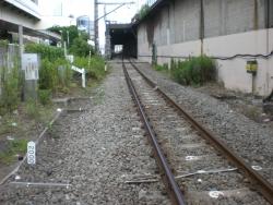 三菱ドック踏切 線路