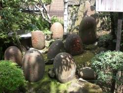神田 柳森神社 力石