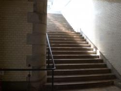 万世橋駅跡 明治時代に使われていた階段