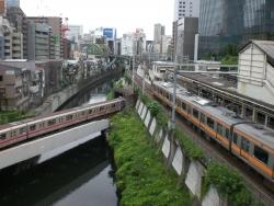 お茶の水 聖橋 3つの電車が交差
