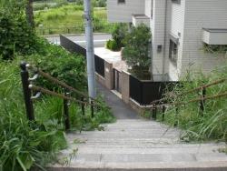 二子玉川 ルナティック 階段