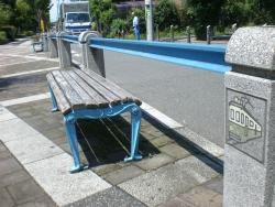 二子玉川 玉電 古レールを利用したベンチ