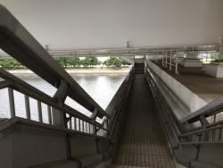 レインボーブリッジ ノースルートとサウスルート 乗り換えの階段