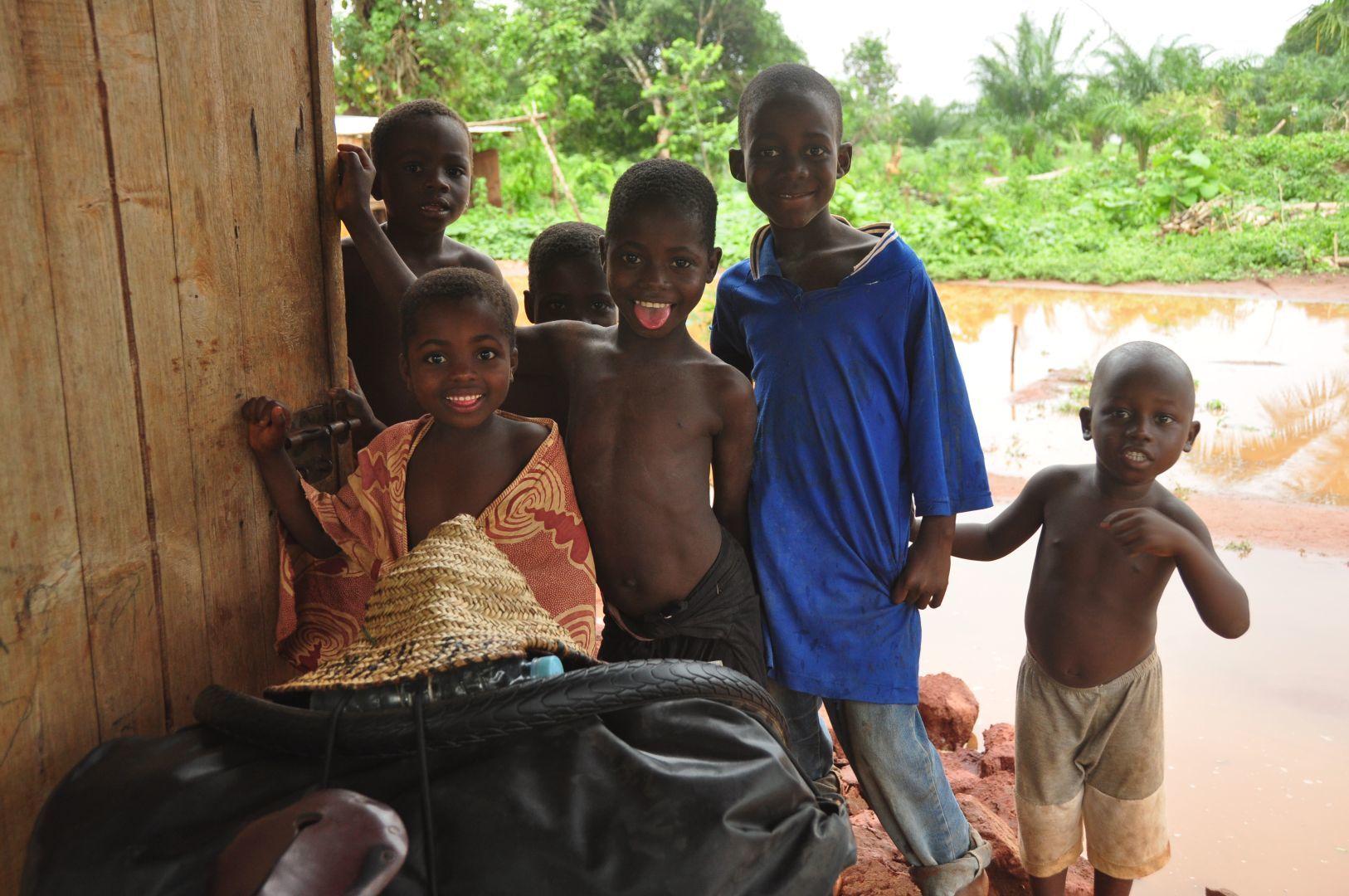 ninos y ninas en Ghana