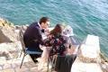 15 海辺のレストランでの食事