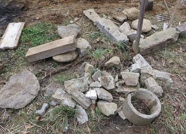 現場の石・4