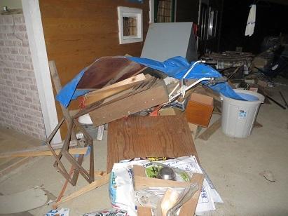 台風21号、村の家・1