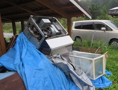 台風21号、村の家・5