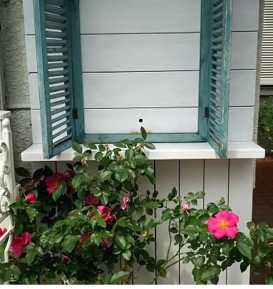 ガーデン壁棚付