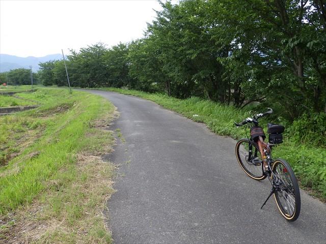 箕田の遊歩道