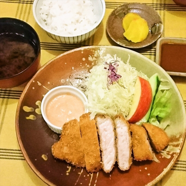 foodpic8395838_R.jpg