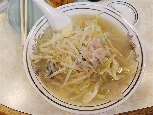 20180704_115253_R 麺はやわらか、でもスープは塩気が効きながら火入れがいい塩梅