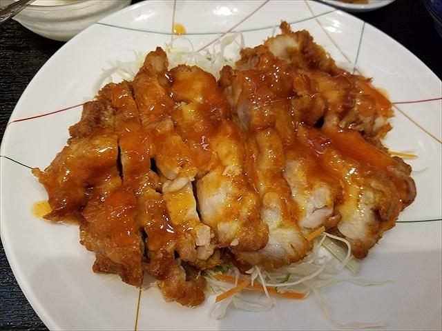 20180906_131531_R ケチャップみたい。台湾の水餃子屋で食べて辛味のないやつみたい