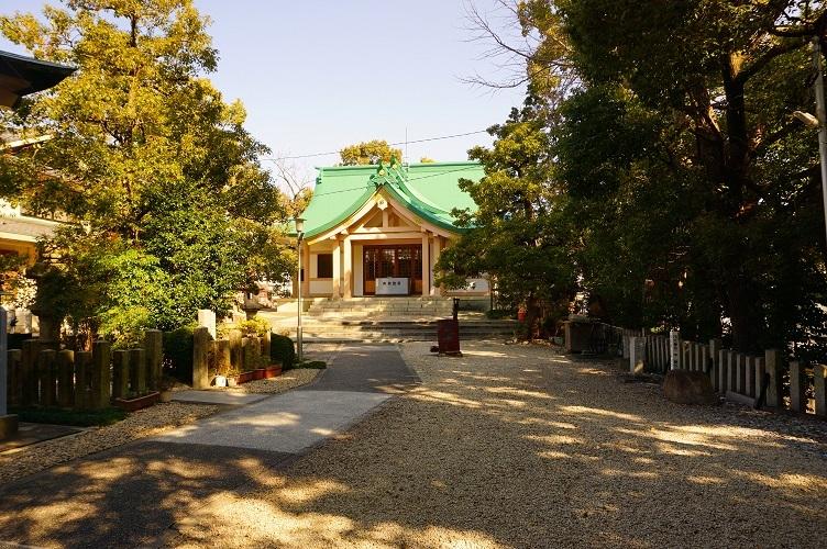 09 白山神社(前方部から後円部社殿)