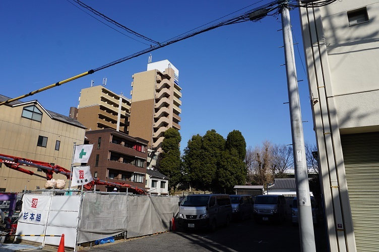 04 日出神社古墳遠望