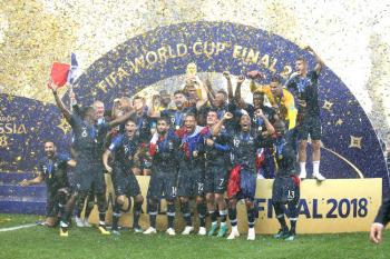 優勝フランス