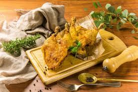 伝説アラジンスモーク 鶏モモ骨付き揚げ