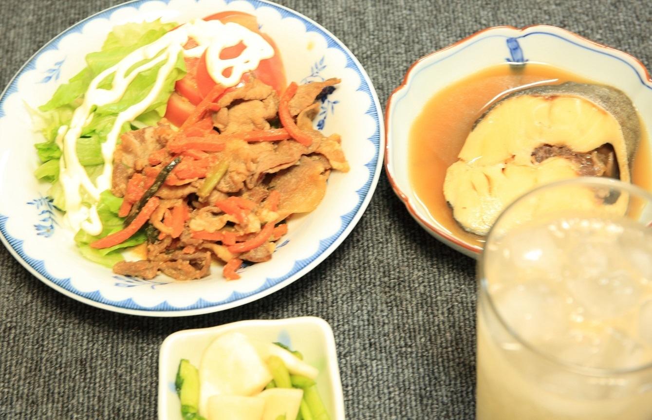ブログ 夕食 肉みそ炒め 普通に作ったよ .jpg
