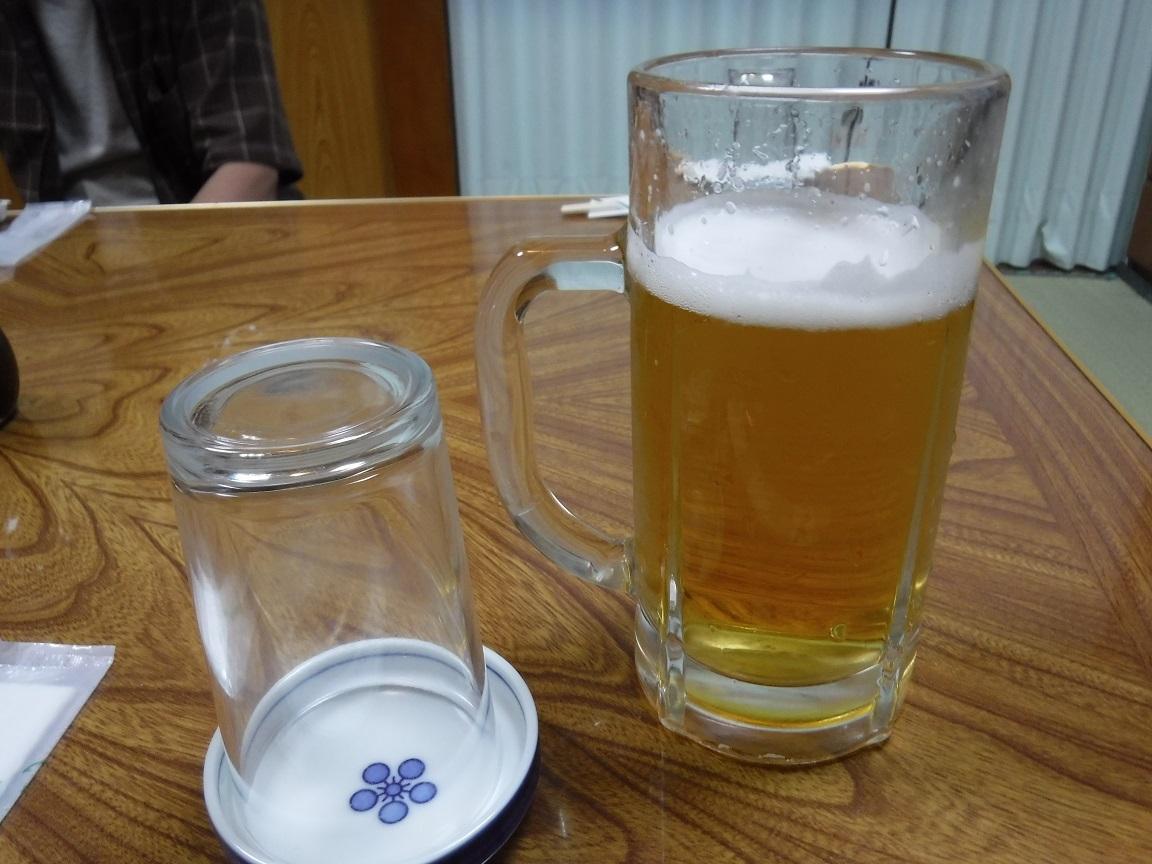 ブログ 宴会ビール.jpg