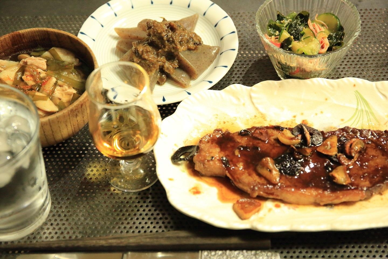 ブログ ステーキと酢のもの.jpg