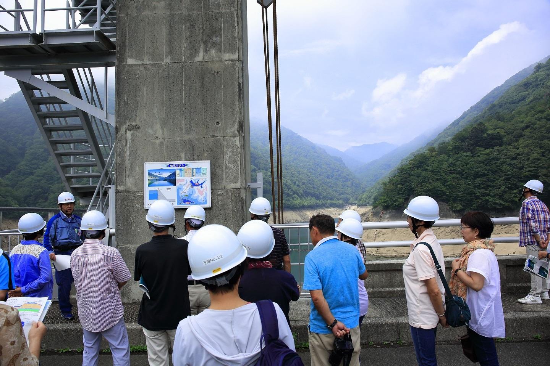 ブログ 塩原ダムの説明.jpg
