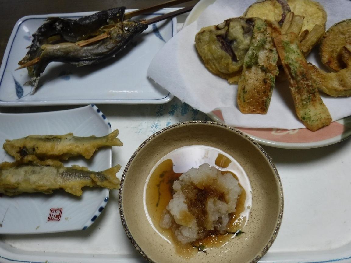 ブログ アユ料理 夕食.jpg