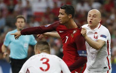 Michal Pazdans approach to man-marking Cristiano Ronaldo