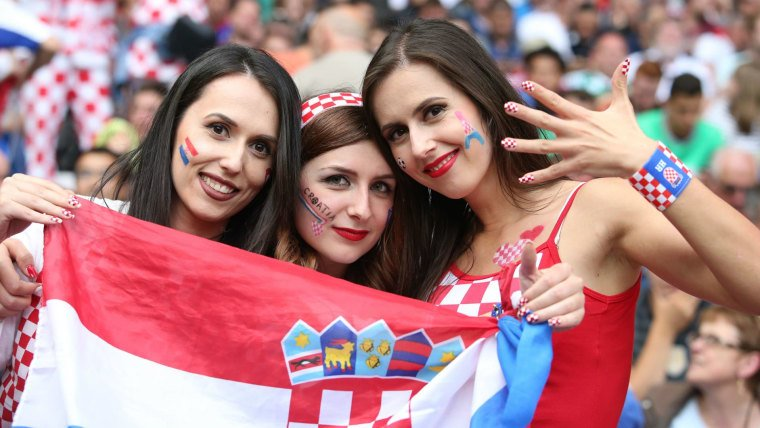 World Cup 2018 Fifa warns broadcasters about focusing on women