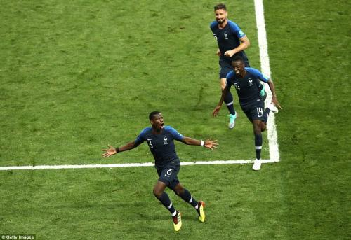Paul Pogba celebration after extending Frances lead to make it 3-1 just before the hour mark