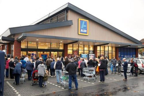 Shoppers eagerly awaiting the Aldi Guildford store opening