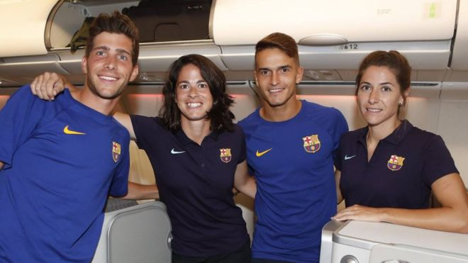 Barcelona puts womens team in economy while men fly up front