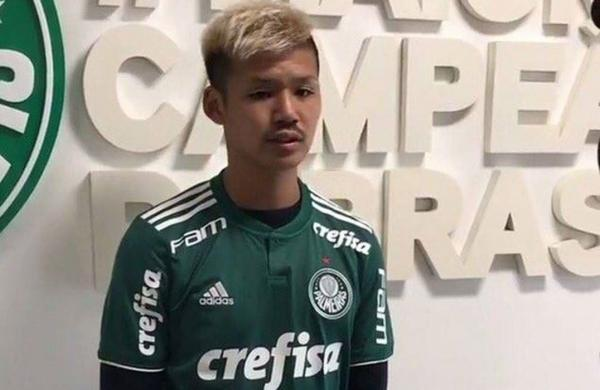 Daiju Sasaki from Vissel Kobe signs for brazilian club Palmeiras