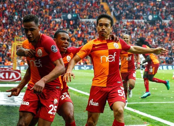 Galatasaray_2-0_Besiktas_nagatomo_assists.jpg