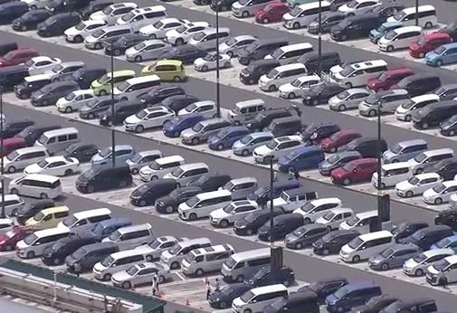 自動車 渋滞 サービスエリア