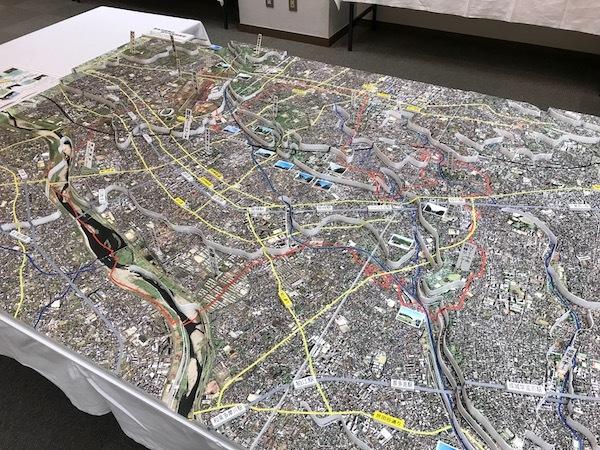 地形図模型