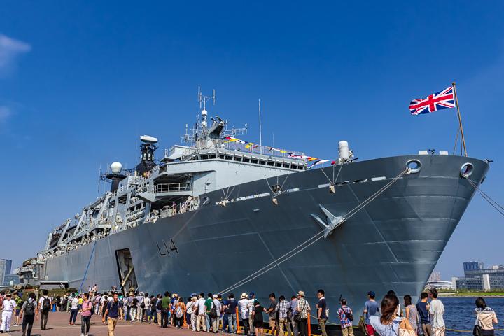 東京晴海埠頭 晴海ふ頭 HMS Albion イギリス海軍 英海軍 ドック型輸送揚陸艦 L14 アルビオン